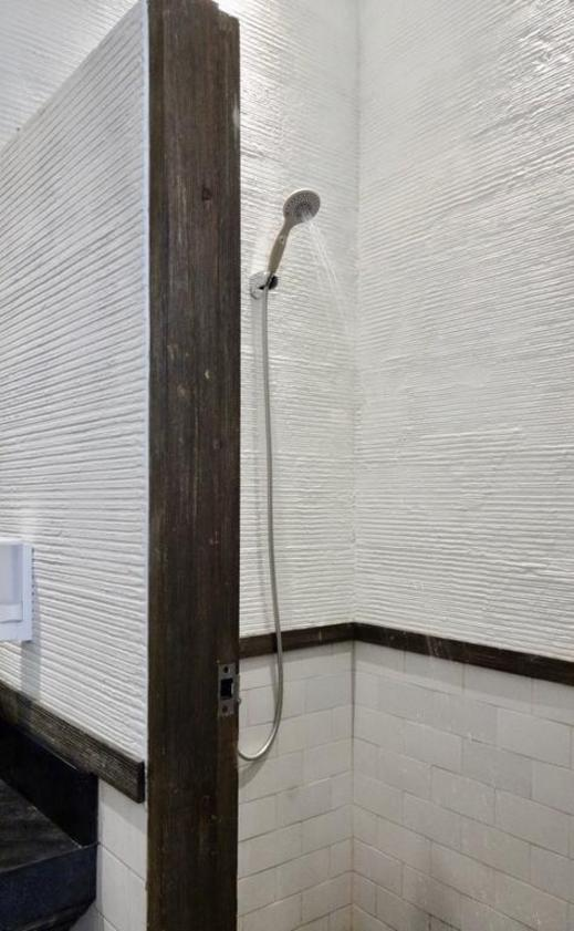 ShareSpace Bali Bali - Bathroom