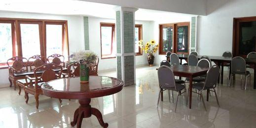 Nusalink Near Grand Mall Solo - Lobby