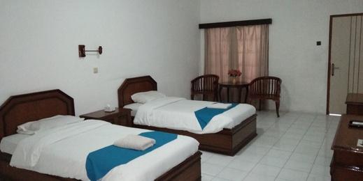 Nusalink Near Grand Mall Solo - kamar tidur