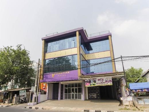 RedDoorz Plus near Stasiun Bekasi Bekasi - Exterior