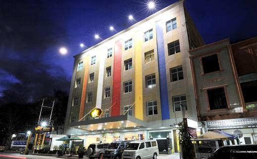 Paramita Hotel Pekanbaru - Hotel