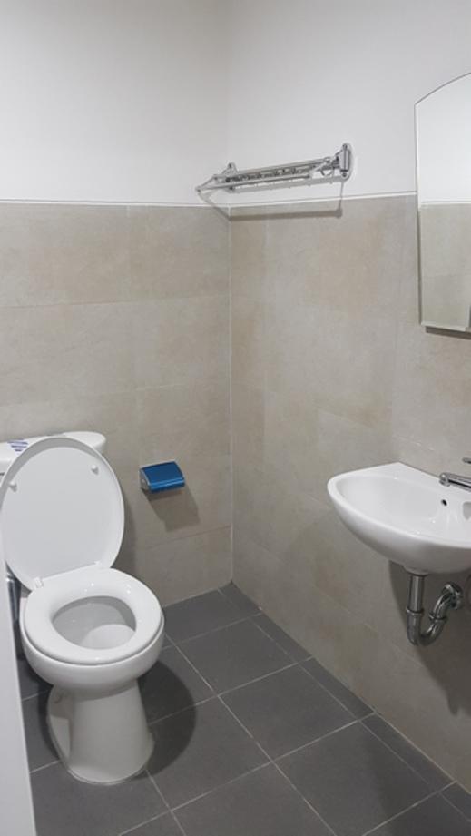 Green Park Apartment by Dio Studio Yogyakarta - Bathroom