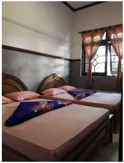Griya Wilujeng Syariah Malang - Bedroom