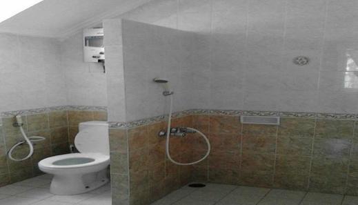 Villa Kota Bunga Peony Cianjur - Bathroom