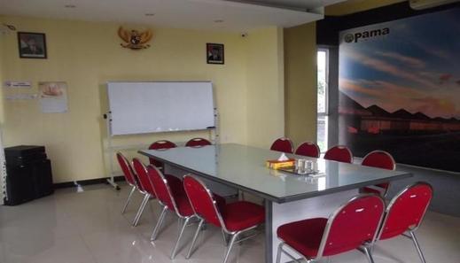 Pama Hostel Tulungagung - Interior