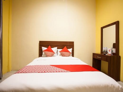 OYO 2229 Bunga Raya Residence Medan - Guestroom S/D
