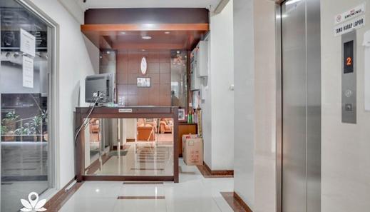 Clover Residence Near Mall Ambassador Jakarta - Reception