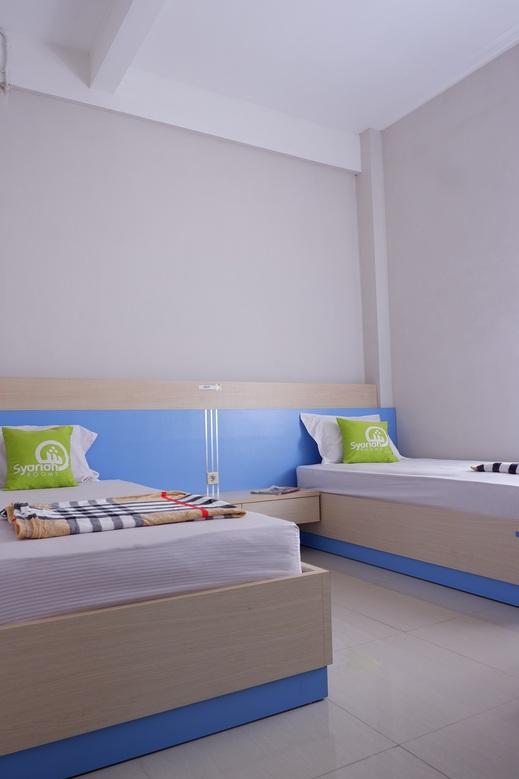 Asifa Guest House Syariah Malang - bedroom