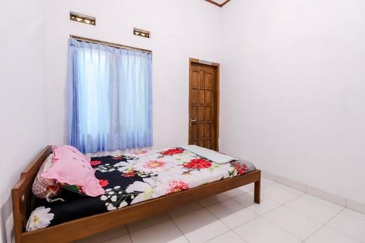 Munggang Homestay Jogja - Standard Room