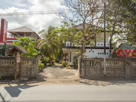 OYO 1895 Lamancha Homestay Lombok - FACADE