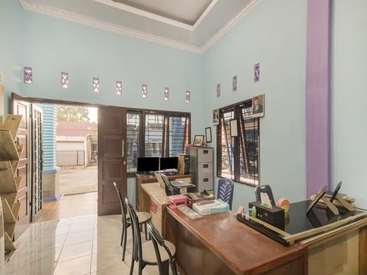 SPOT ON 90356 Gmmo Homestay Medan - Reception