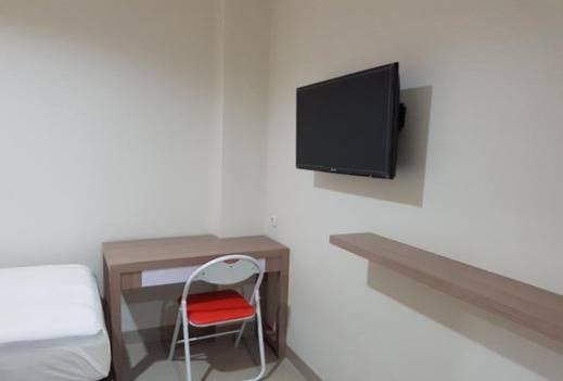 Ethan Hotel Kelapa Gading Jakarta - Guest room