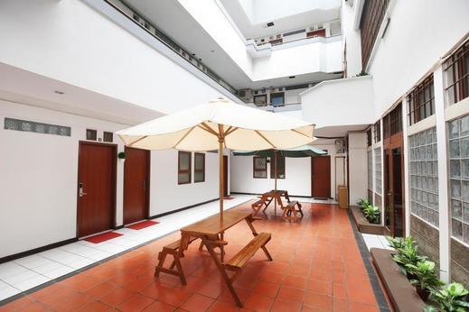 Airy Pasteur Babakan Jeruk Indah Satu 11 Bandung Bandung - Interior Detail