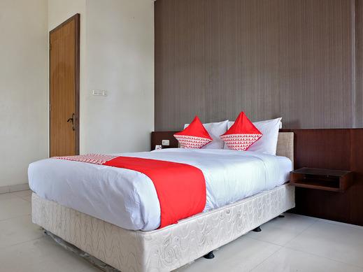 OYO 2691 Asokanori Guest House Makassar - Deluxe Double