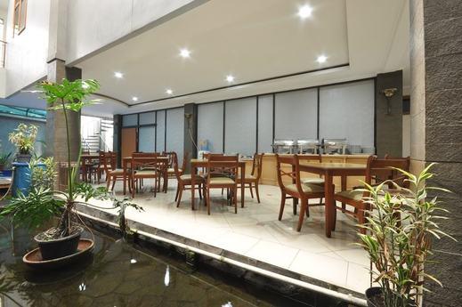 Hotel Caryota Bandung - Breakfast Area