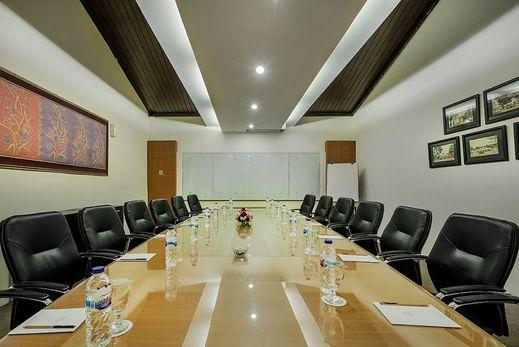 eL Hotel Kartika Wijaya Batu - Meeting Facility