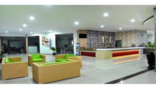 UNS Inn Solo Solo - Lobby