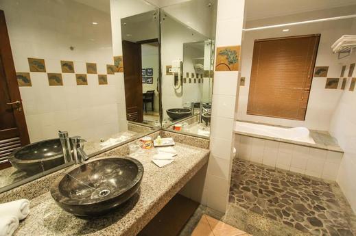Duta Boutique Villa Jogja - Bathroom