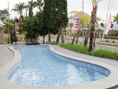 Airy Sudirman Batu Panorama E 40 Malang Malang - Pool
