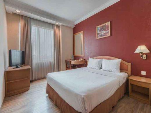 Nusalink Near Tanjung Duren  Jakarta - Bedroom