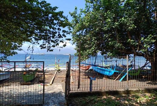 Hotel Banyuwangi Beach Banyuwangi - Surrounding