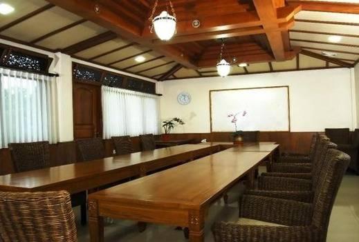Wisma Joglo Guest House Bandung - Meeting Room