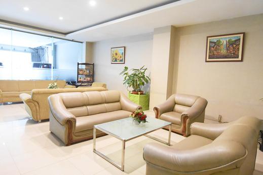 DPalma Hotel Bandung - Lobby Area