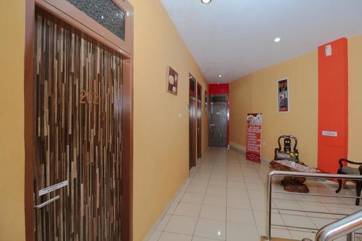 Airy Eco Panakkukang Hertasning Raya Blok C2 Makassar - Corridor