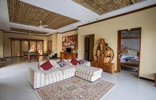Green View Private Villas Ubud - Ruang tamu