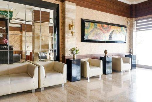 Dalwa Hotel Syariah Pasuruan - interior