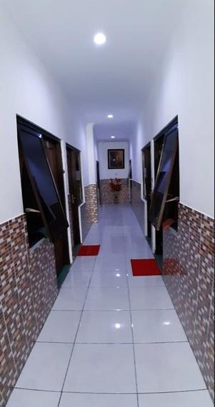 Ideal Home Tegal Tegal - Interior