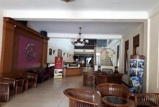 Semeru Park hotel Pasuruan - lobby