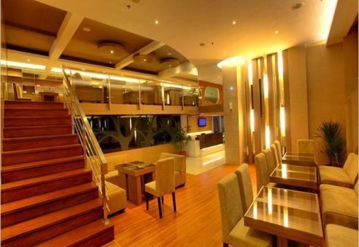 Vio Hotel Bandung - Dalam Hotel 1