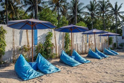 Santorini Beach Resort Lombok - Beach