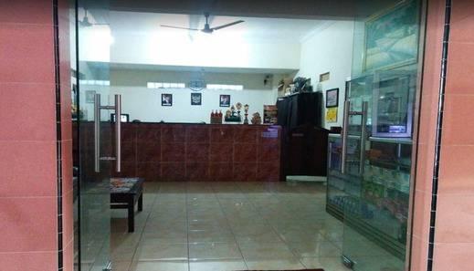 Tri Star Hotel Kediri Kediri - Lobby