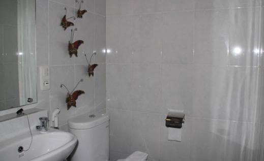 Natura Rumah Singgah Banyumas - Kamar mandi