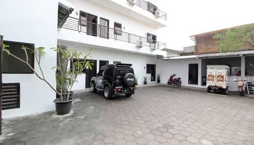 Guest House Alfita Yogyakarta - Exterior