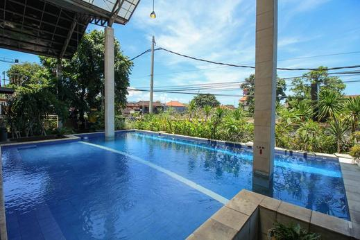 Airy Legian 191 Kuta Bali - Swimming Pool