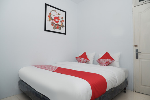 OYO 682 Ceria Homestay Syariah Semarang - STANDARD DOUBLE BEDROOM