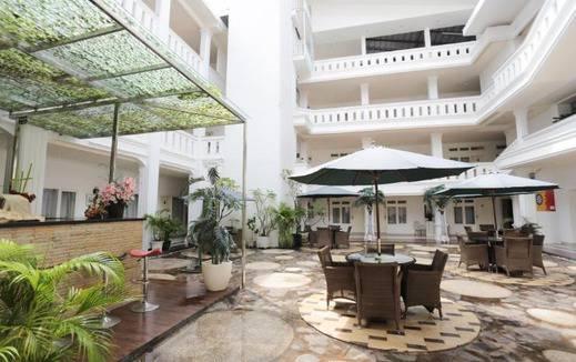 Ramayana Hotel Makassar Makassar - Interior