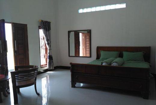 Hotel Azizyah 99 Syariah Bukittinggi - interior