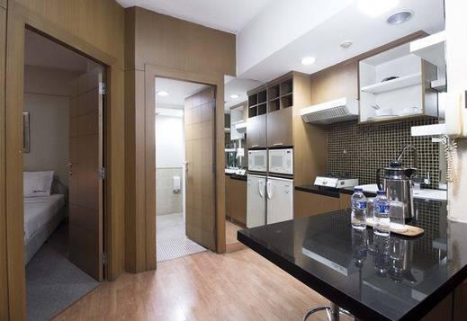 RedDoorz Apartment @Cilandak Jakarta - Dapur
