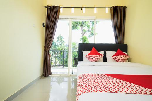 OYO 1855 Elise Exclusive Residence Jogja - Guestroom
