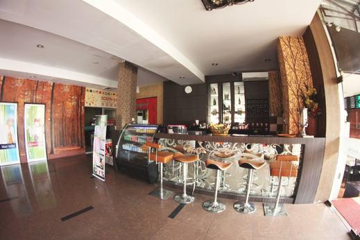 Medan Ville Hotel Medan - Dining