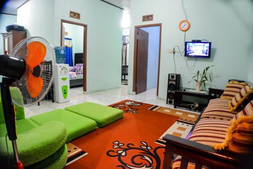 Homestay Sembiring Puncak - Ruang keluarga