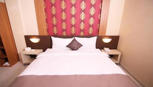 Bluebells Express Hotel Syariah Malang - room