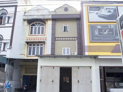 OYO 3493 Nami House Medan - Facade