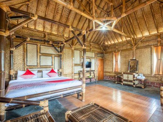 OYO 705 Puncak Darajat Resort Garut - Bedroom