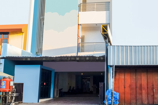 OYO 3787 Hotel Poncowinatan Yogyakarta - Facade