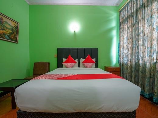 OYO 1389 Hotel Carissima Palembang - BEDROOM DL D